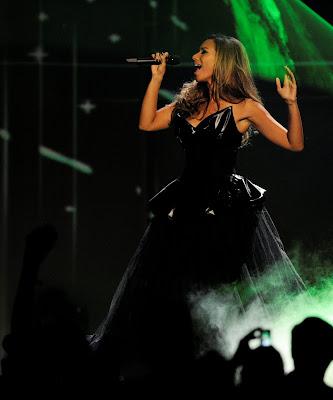 Leona Lewis Performs at MTV Europe Music Awards 2009 photoshoot