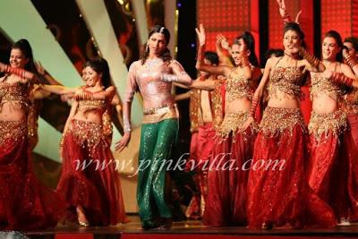 Deepika at Indian Express Sahara Sports Awards new image