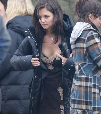 Katie Holmes Looks Hot and Sexy in Her Lingerie photos, Katie Holmes Looks Hot and Sexy in Her Lingerie pictures, Katie Holmes Looks Hot and Sexy in Her Lingerie pics, Katie Holmes Looks Hot and Sexy in Her Lingerie images, Katie Holmes Looks Hot and Sexy in Her Lingerie