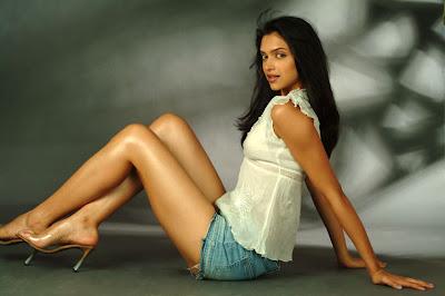 Deepika Padukone letest pics