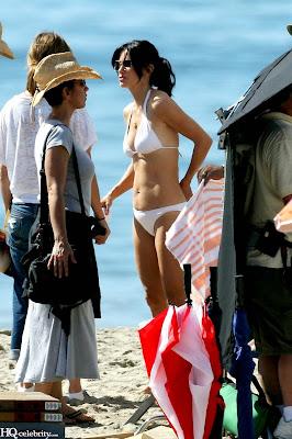 Courteney Cox Bikini hot bikini pics
