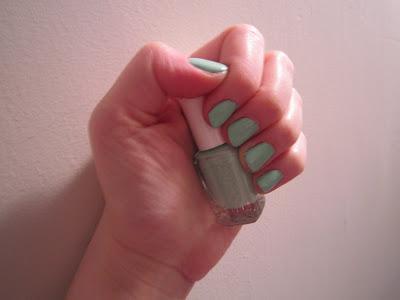 Essie, Essie nail polish, Essie Mint Candy Apple, nail, nails, nail polish, polish, mani, manicure