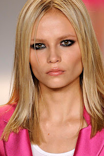 pale glossy lips, beauty trends, lipgloss, lip gloss, lip trends, runway beauty looks, Fashion Week, Matthew Williamson