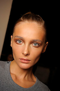 pale glossy lips, beauty trends, lipgloss, lip gloss, lip trends, runway beauty looks, Fashion Week, Missoni