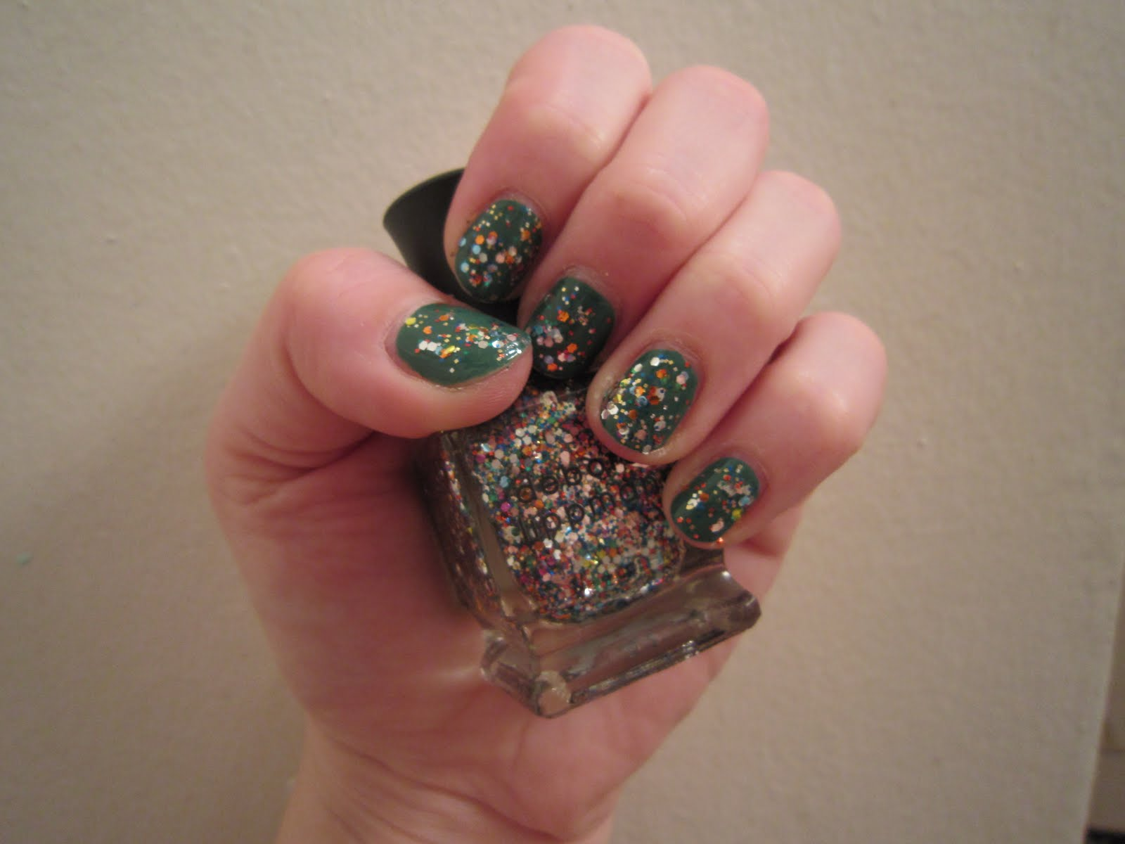 The Beauty of Life: Mani of the Week: Deborah Lippmann Happy ...