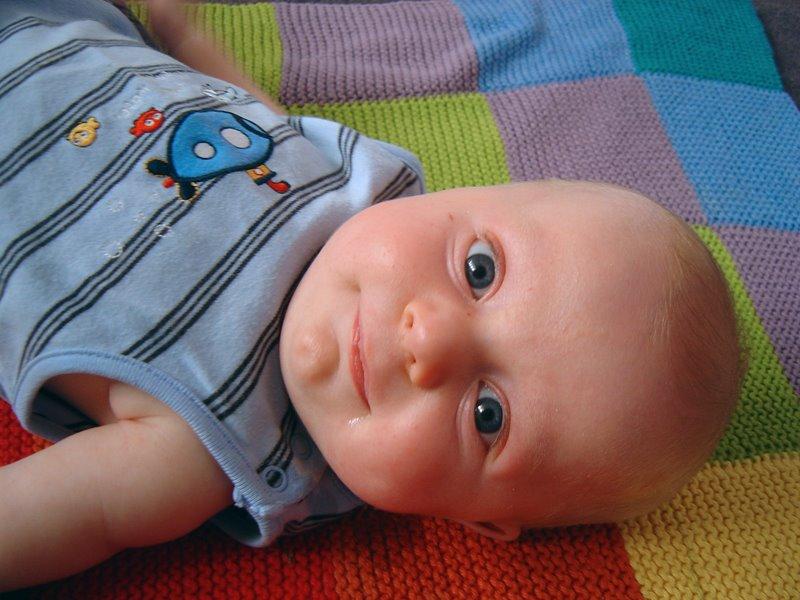http://4.bp.blogspot.com/_BHH3Bu1mtzc/SQRFwswPrmI/AAAAAAAABi0/QNN6gLKh5ZM/s800/baby+smile.jpg