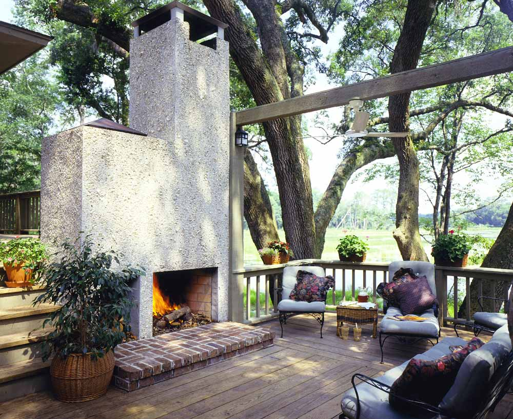 Lowcountry architect: outdoor fireplaces
