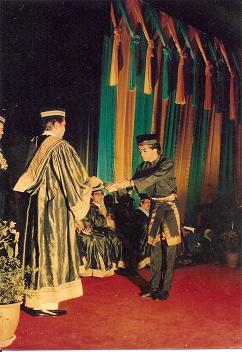 Menerima Diploma Pada Konvo UITM 1988