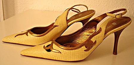 zapatos-amarillos-de-áfrica-de-vicente