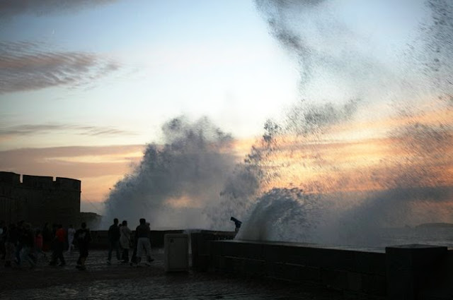fuertes-olas-en-St-Malo