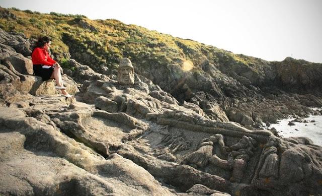 rocas-esculpidas-por-Adolphe-Fouré