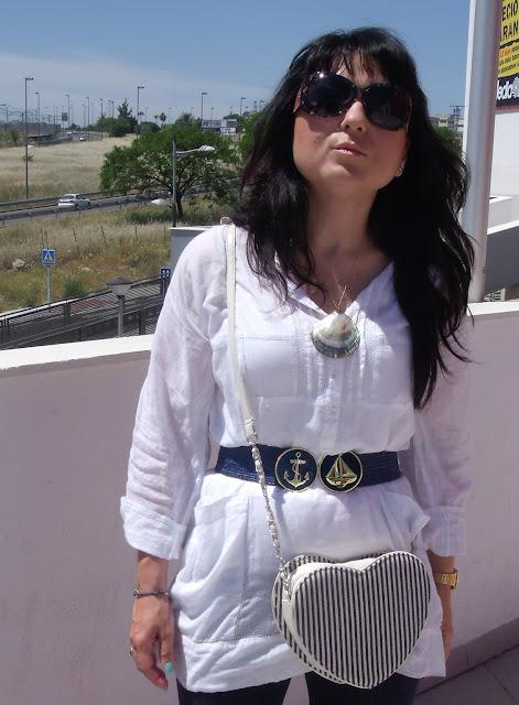 outfit-con-bolso-corazón