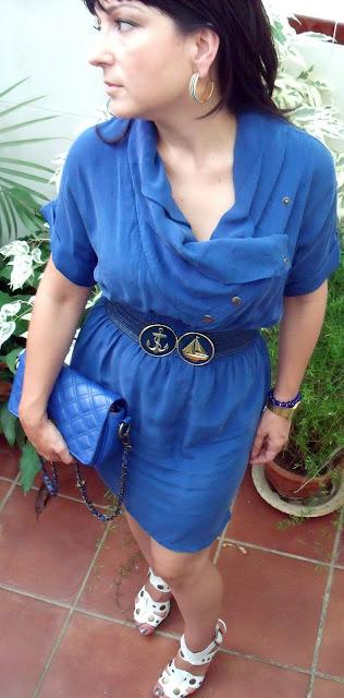 outfit-con-vestido-azul