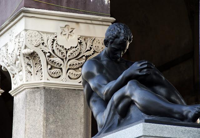 Milán-Monumental-Cemetery