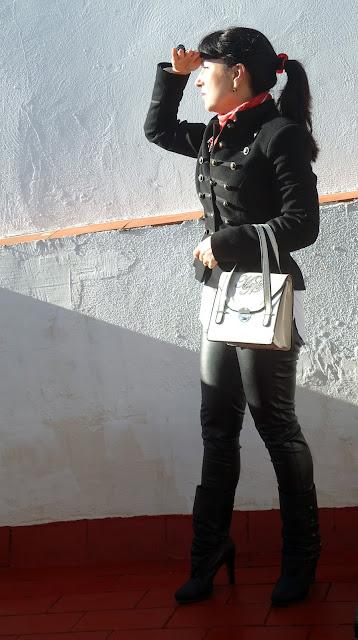 outfit-con-chaqueta-militar