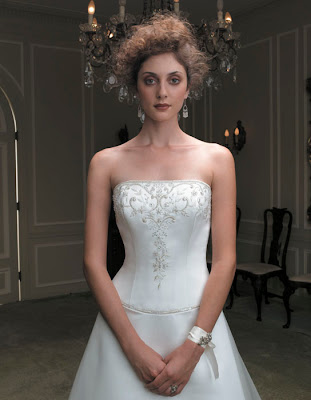Classic Wedding gown picture