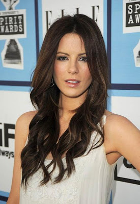 Long Center Part Romance Hairstyles, Long Hairstyle 2013, Hairstyle 2013, New Long Hairstyle 2013, Celebrity Long Romance Hairstyles 2185