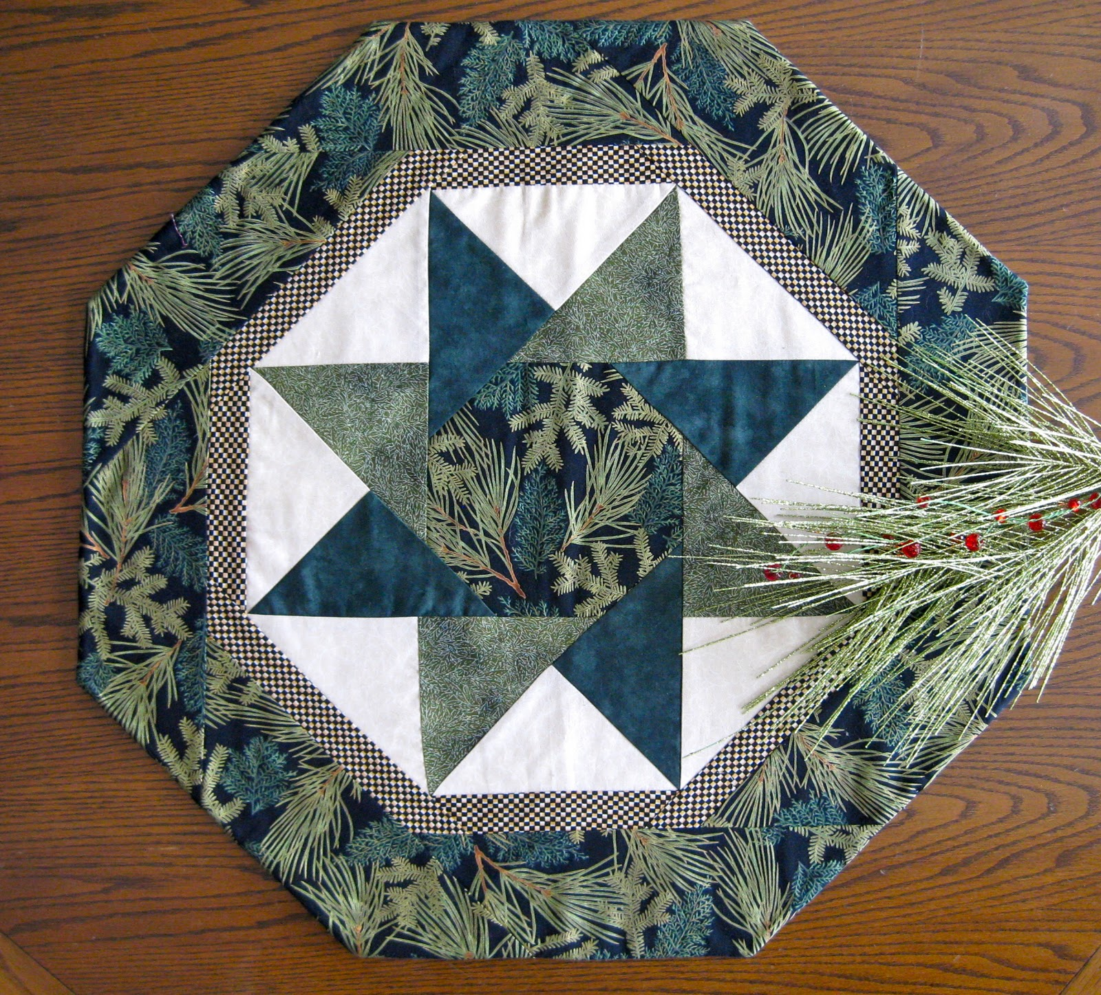 Free Crochet Patterns Round Table Toppers : Modern Quilt Relish: December 2010