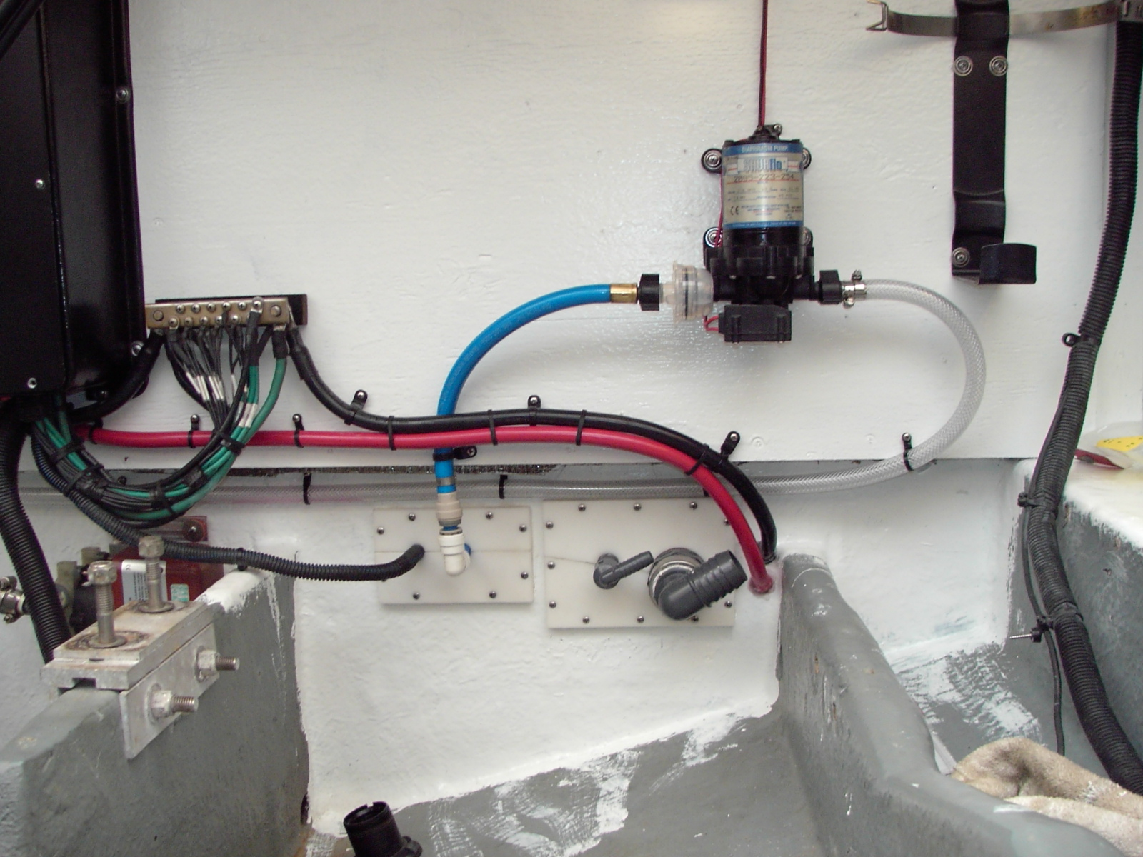 Sea Ray Bilge Pump Wiring Trusted Diagrams Diagram 340 Sundancer Restoration Why Move The Batteries Installation