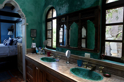 bathroom.jpg (500×333)
