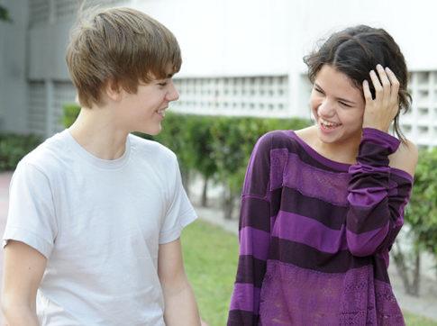 bieber and gomez pictures. Justin Bieber Selena Gomez