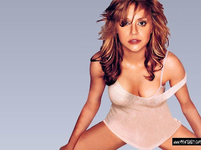 Brittany Murphy, Sexy American Babe Wallpapers