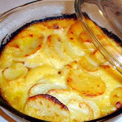 What's For Dinner Tonight Ladies? *RECIPES*: Creamy Au Gratin Potatoes