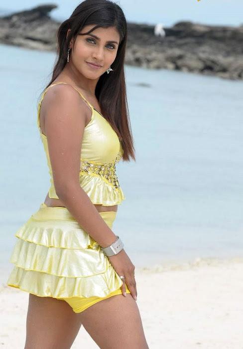 kousha actress pics