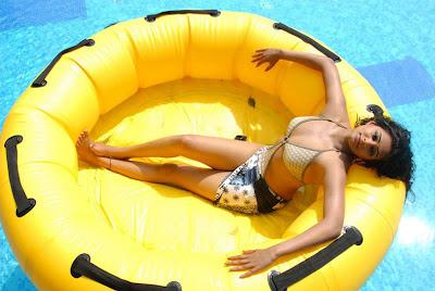 Priyamani hot bikini pics