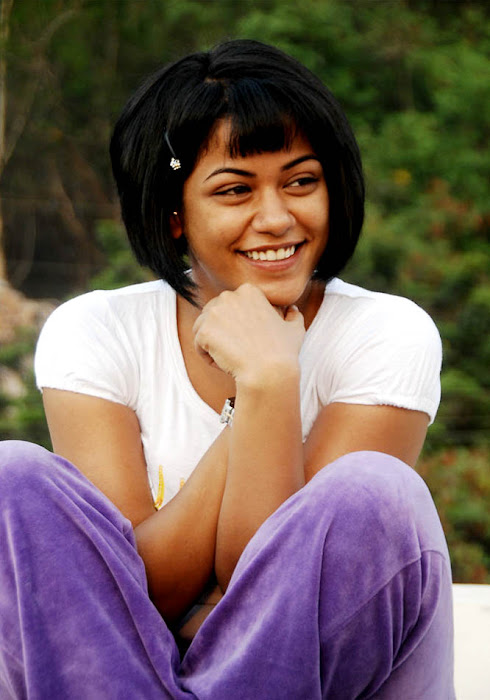 mumaith khan cute stills