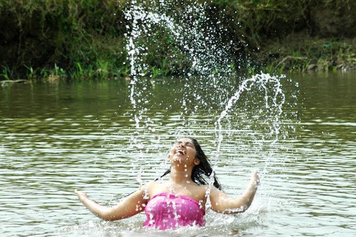 bhanu hot images