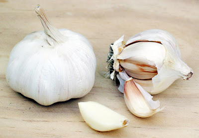 Bawang Putih (Garlic)