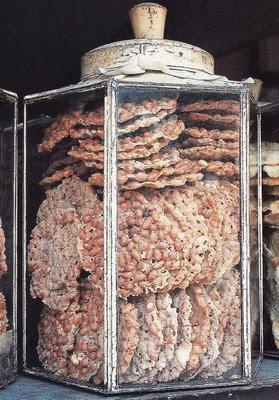 Rempeyek (Indonesian Peanut Brittle)