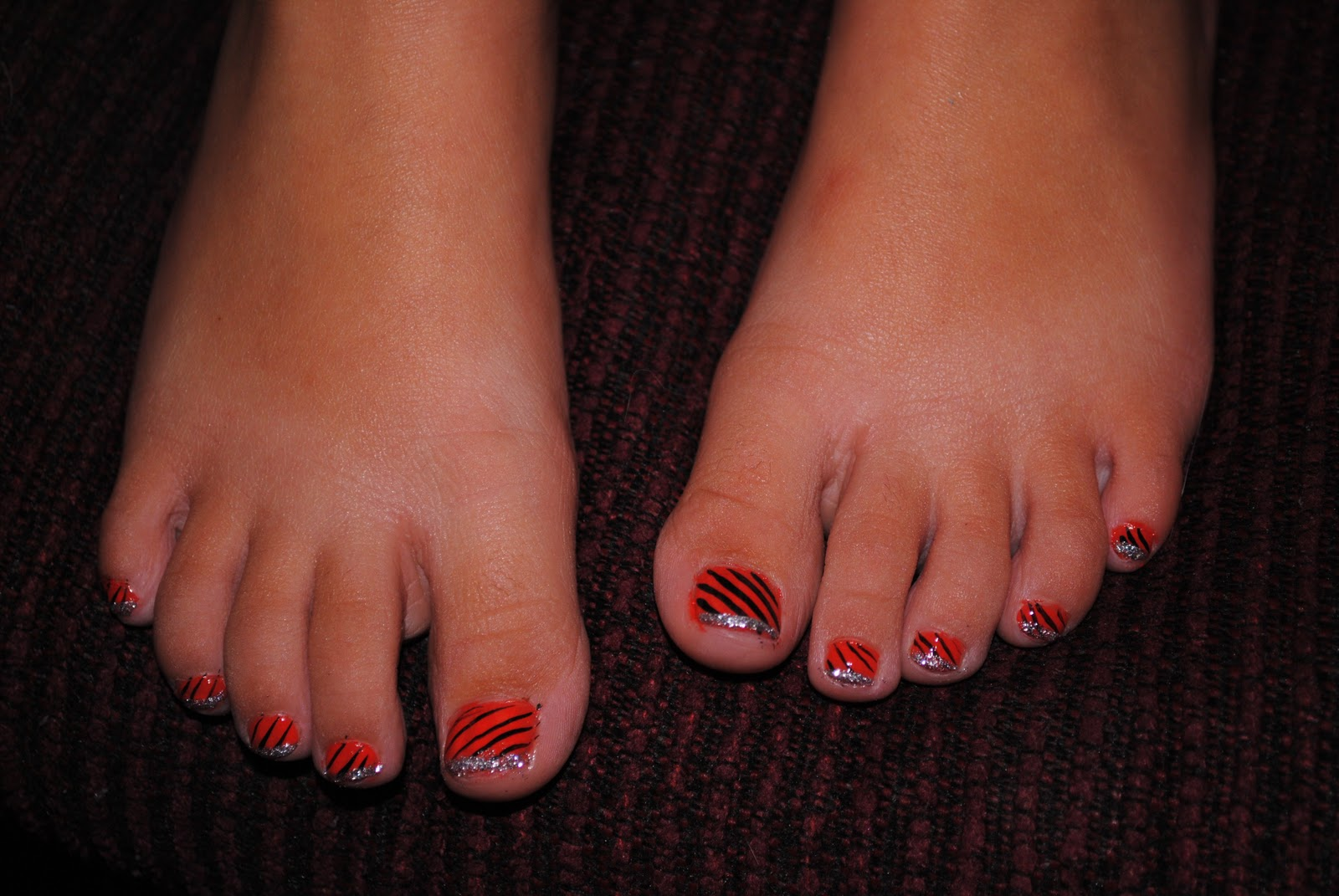Allred Family: Trick or Treat, Paint My Feet