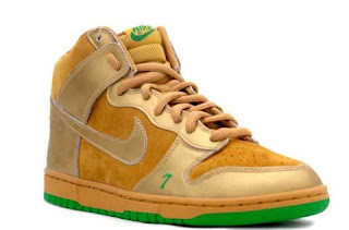c176a2ad512 The Luckies dropped at the pinnacle of Nike SB-dom