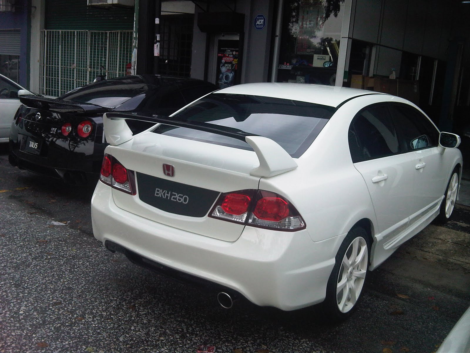 Honda Civic FD2 Type R Conversion
