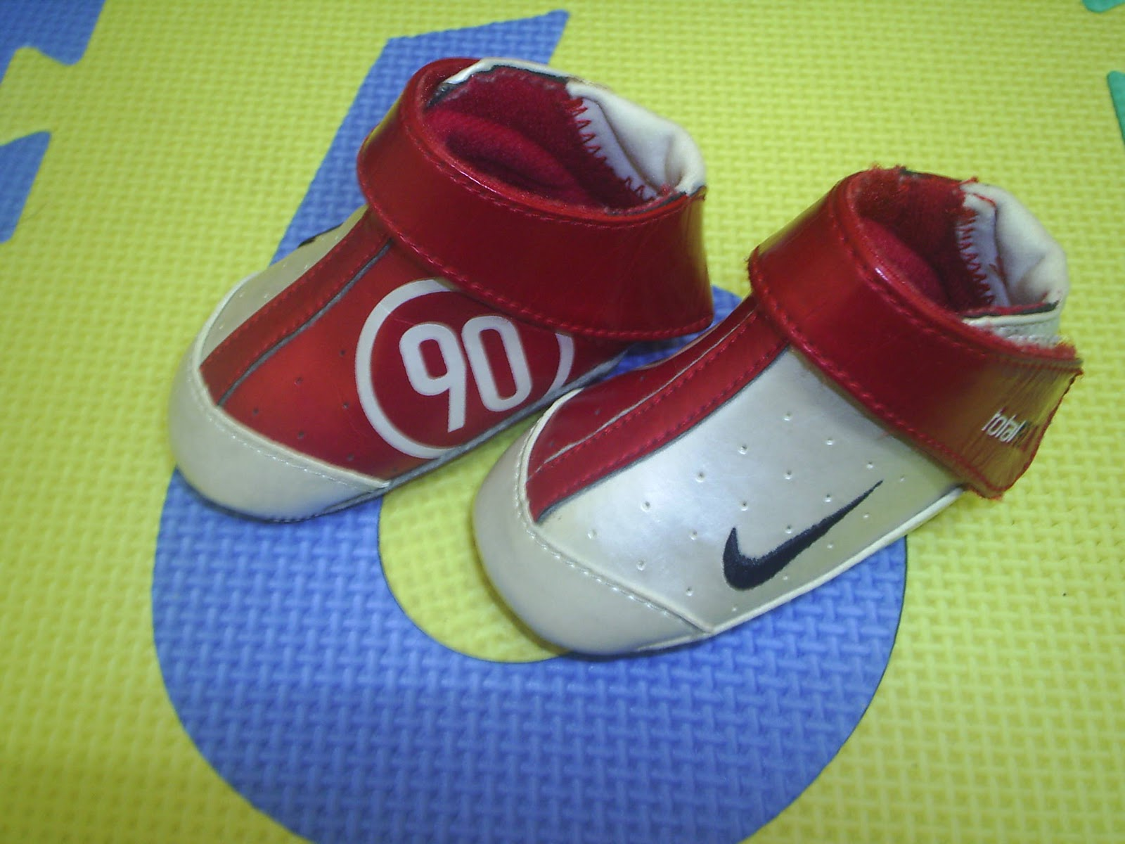 AdamAliff Preloved Items NIKE TOTAL 90 SHOES FOR BABY