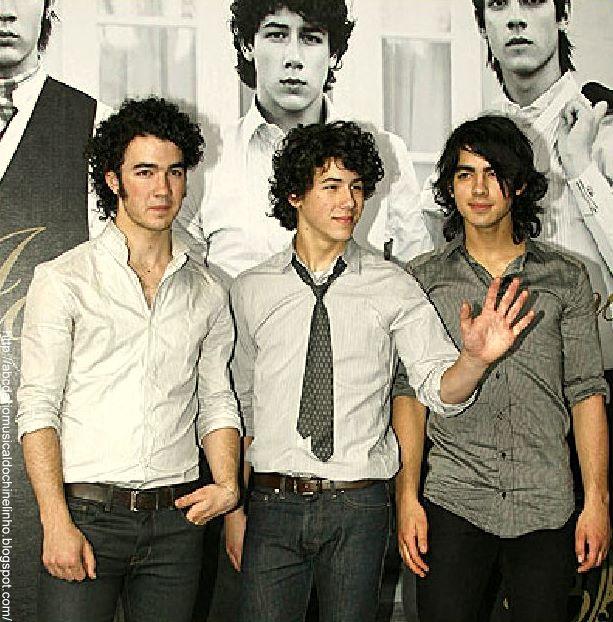 [Jonas+Brothers+02.JPG]