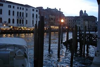 Сваи- часть венецианского пейзажа