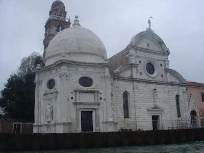 Церковь Сан-Микеле-Ин-Изоло