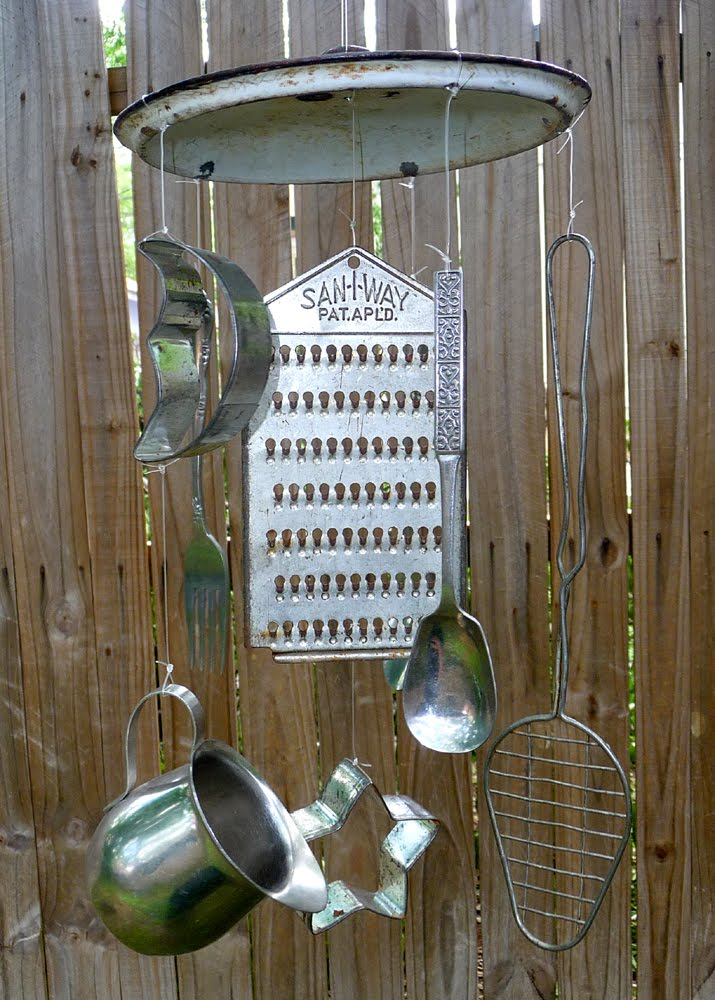 40 eco wind chimes for an enchanted unique garden. Black Bedroom Furniture Sets. Home Design Ideas