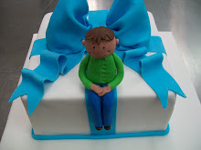 Figurine and Bow cake