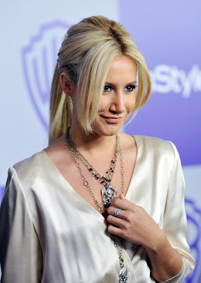 HQ Wallpapers by Ashley Tisdale