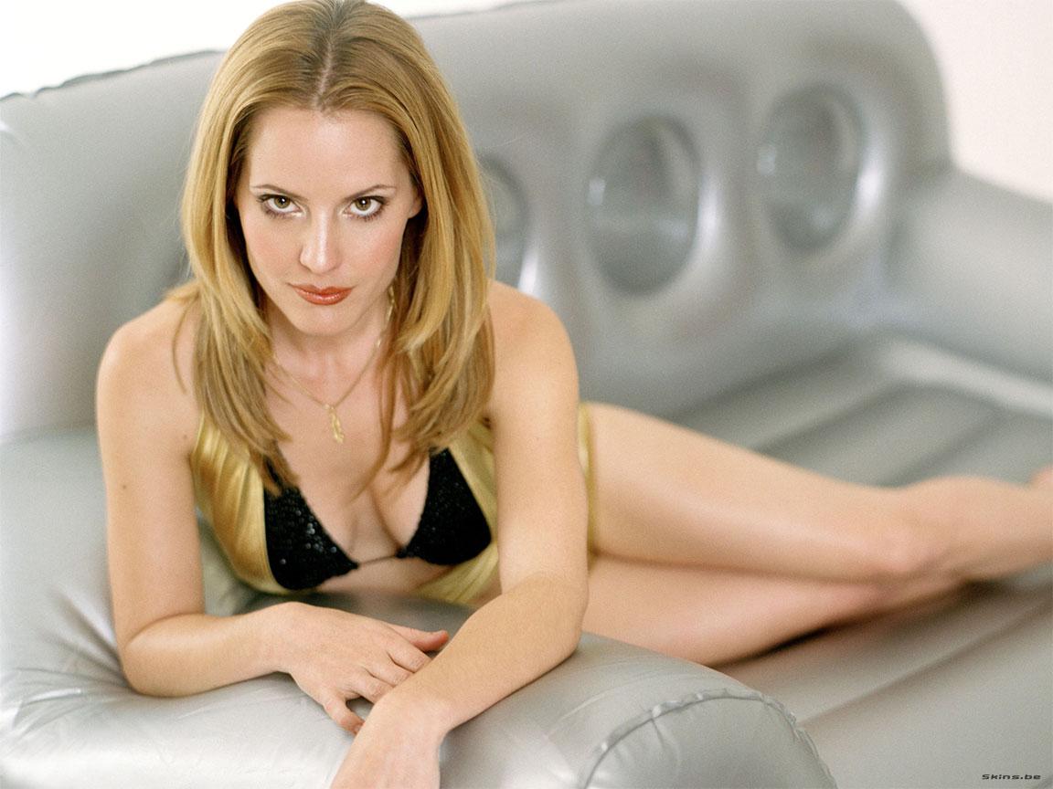 Labels American Actress Emma Caulfield S Sey Pics At Am