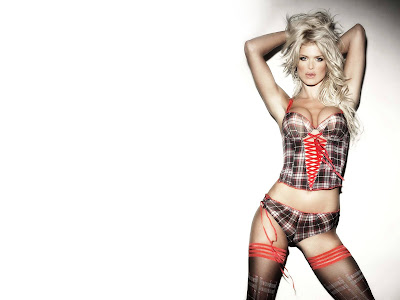 Victoria Silvstedt's Hot WallPapers