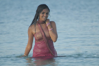 Sunaina....hot babe from south