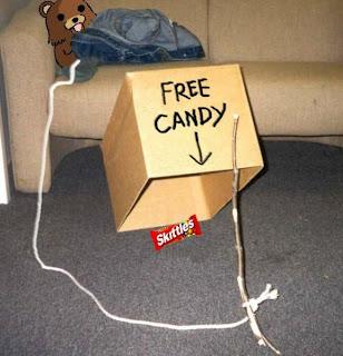Pedobear+candy.jpg