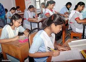 http://4.bp.blogspot.com/_BUrW2Czc5Yc/TUkGjbkTHdI/AAAAAAAAAXY/CbluzAQSqf4/s320/ssc-exam-2011-300x217.jpg