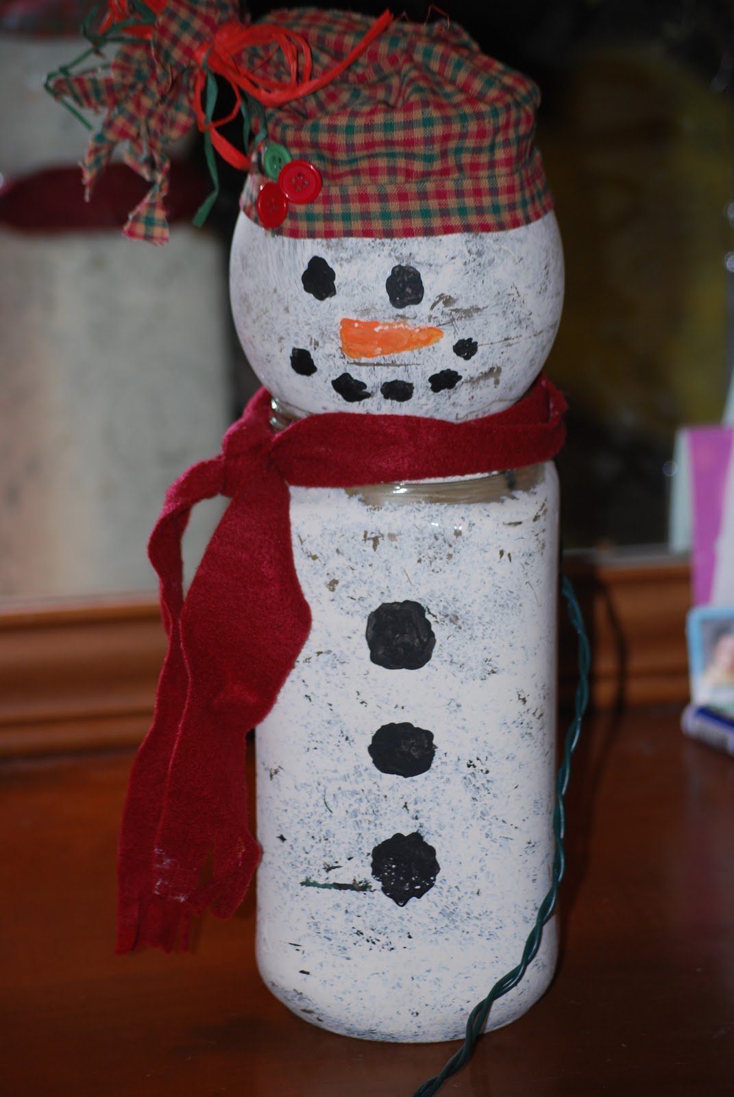 Life 39 s a bowl of cherries lighted snowman jar craft for Jar crafts