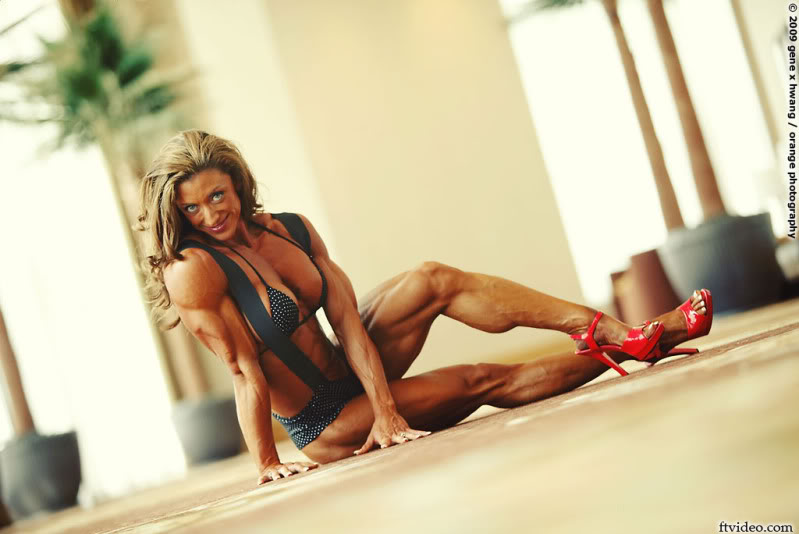 Amber Defrancesco Female Muscle Bodybuilder